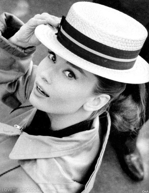 20785-Audrey-Hepburn